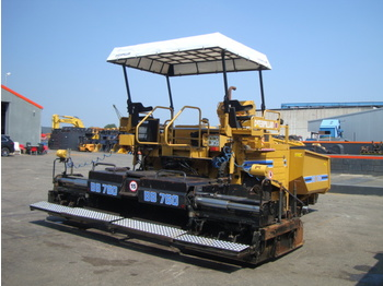 CATERPILLAR BB760 - асфальтоукладач