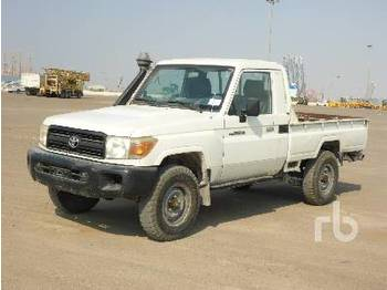 TOYOTA LAND CRUISER 79L 4x4 - пікап