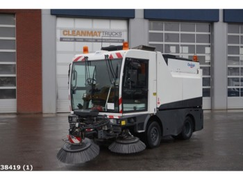 Schmidt CleanGo Compact 400 with 3-rd brush - прибиральна машина