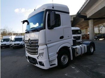 MERCEDES-BENZ Actros 1845 Streamspace Voith L961608 - тягач